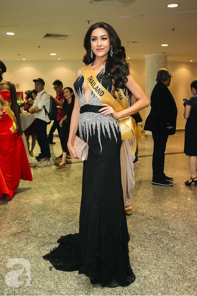 Á hậu Huyền My xinh đẹp nổi bật giữa dàn thí sinh Miss Grand International 2017 - Ảnh 14.