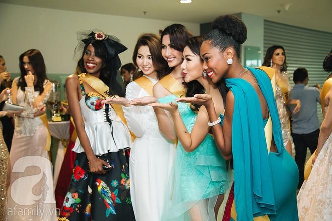 Á hậu Huyền My xinh đẹp nổi bật giữa dàn thí sinh Miss Grand International 2017 - Ảnh 17.