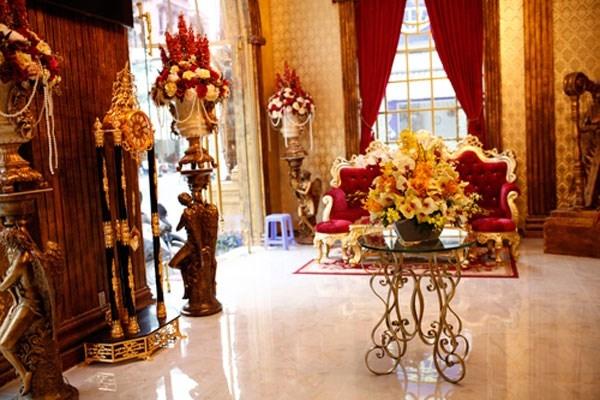 nhà dát vàng, biệt thự, dát vàng, mạ vàng, lâu đài