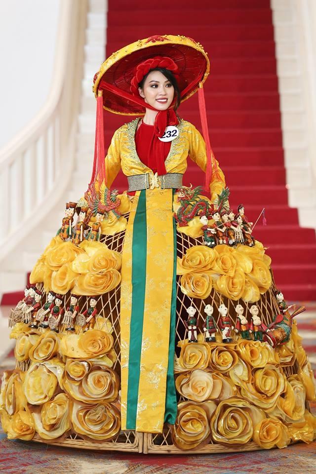 Giới thiệu bản thân bằng tiếng Anh, thí sinh Hoa hậu Hoàn vũ như hét vào mặt khán giả  - Ảnh 9.