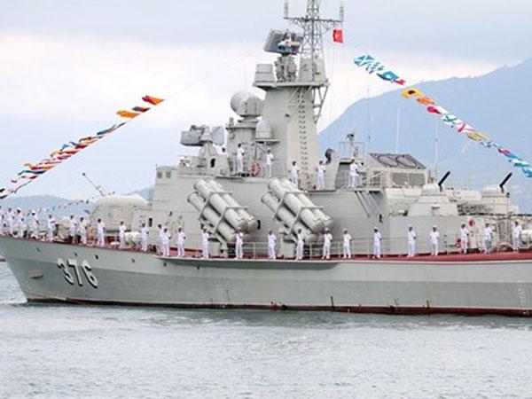 Hải quân Việt Nam trang bị thêm hai tàu tên lửa Molniya