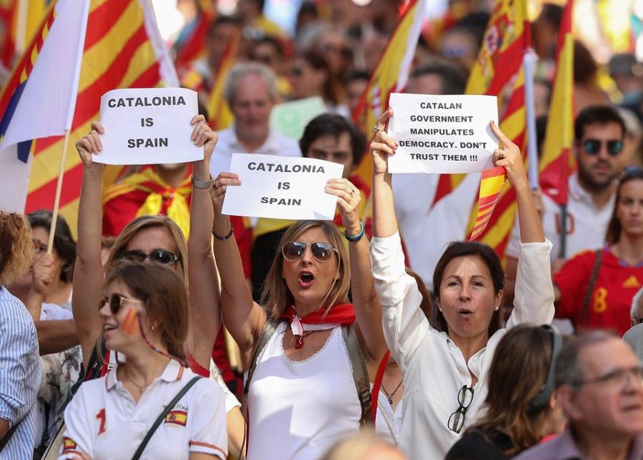 Bien nguoi Catalonia phan doi doc lap, the trung thanh voi Tay Ban Nha hinh anh 2