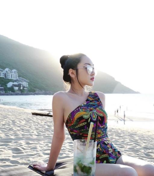 Cuộc sống sang chảnh của Chloe Nguyễn, nàng beauty blogger xinh xắn như búp bê - Ảnh 15.