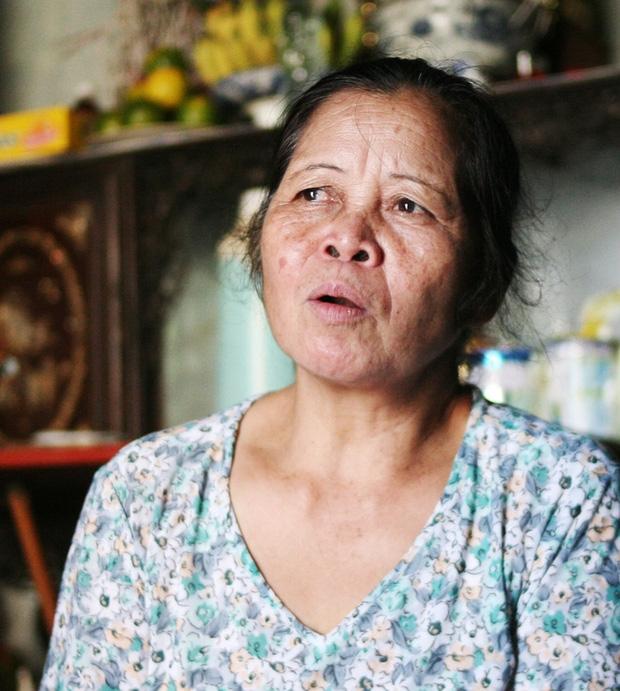 Mẹ bất ngờ bỏ con gái hơn 1 tuổi đi biền biệt, bảo mẫu trở thành mẹ nuôi cưu mang bé suốt 12 năm trời - Ảnh 4.