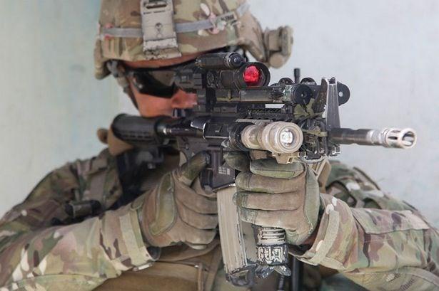 Ngan ngam M16, Luc quan My di tim sung truong tan cong moi-Hinh-9