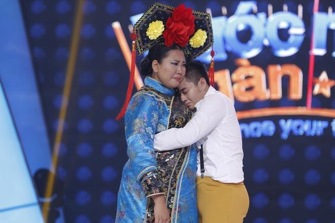 Ôm chồng gào khóc nức nở, mẹ một con Thanh Huyền làm Trấn Thành bật khóc - Ảnh 12.