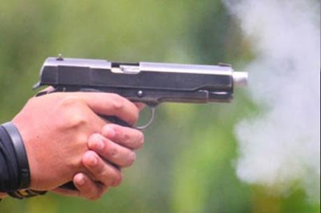 Kết quả hình ảnh cho dùng súng bắn chết