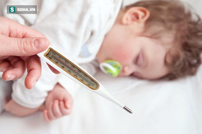 Sốt cao co giật ở trẻ có thật sự nguy hiểm? - Ảnh 1.