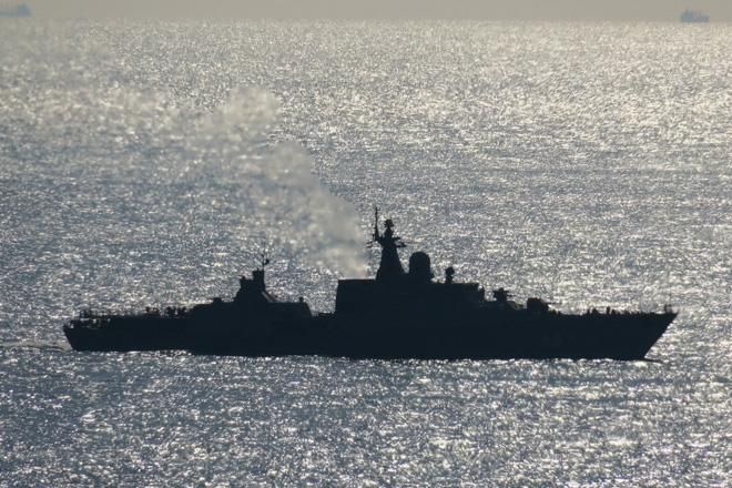 Tàu Gepard thứ 3 của HQVN vượt mũi Hảo Vọng, chiếc còn lại sẵn sàng lên đường - Ảnh 3.
