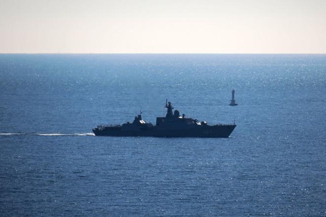 Tàu Gepard thứ 3 của HQVN vượt mũi Hảo Vọng, chiếc còn lại sẵn sàng lên đường - Ảnh 4.