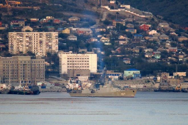 Tàu Gepard thứ 3 của HQVN vượt mũi Hảo Vọng, chiếc còn lại sẵn sàng lên đường - Ảnh 9.