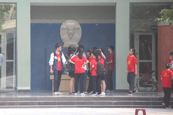 truong luong the vinh khong chao co dau tuan, hoc sinh soc khi biet thay cuong qua doi - 3