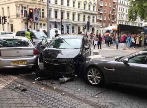 Vụ xe đâm người đi bộ ở London chỉ là tai nạn - Ảnh 2.