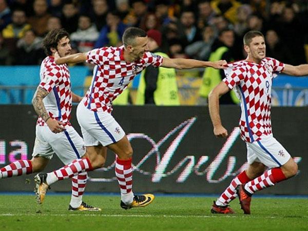 Đánh bại Ukraine, Croatia đoạt vé đá play-off World Cup