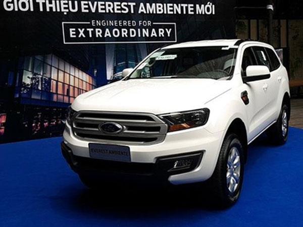 Lộ thêm ảnh và giá bán của Ford Everest mới tại Việt Nam