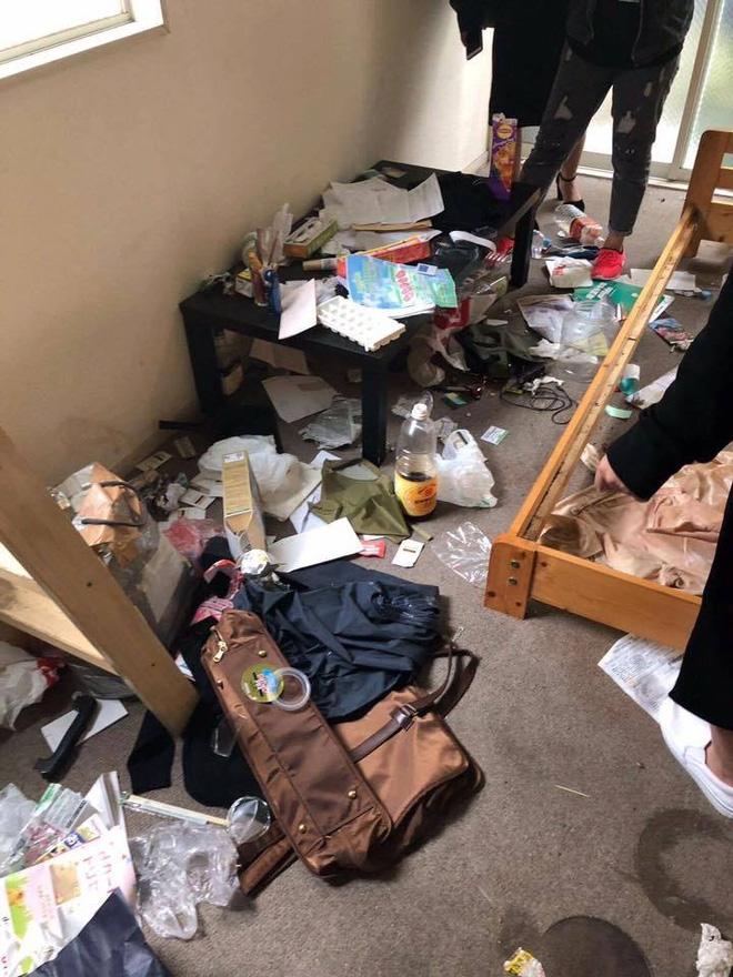 Du học sinh Nhật phát hoảng vì phòng trọ siêu bẩn, lộn xộn như vừa bị... đánh ghen - Ảnh 1.