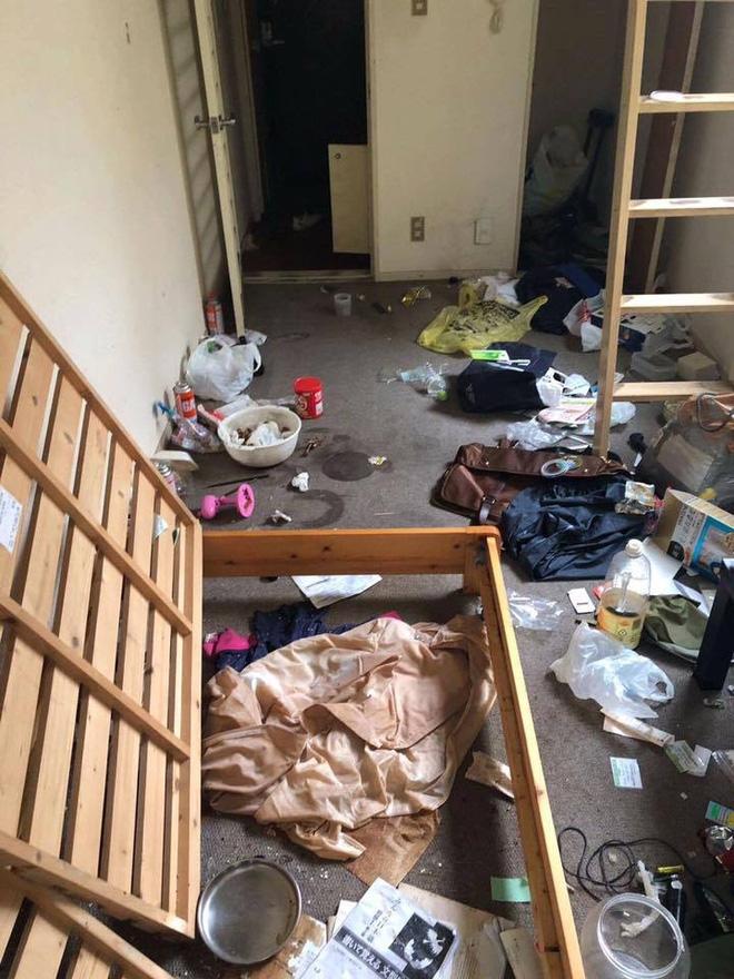 Du học sinh Nhật phát hoảng vì phòng trọ siêu bẩn, lộn xộn như vừa bị... đánh ghen - Ảnh 3.