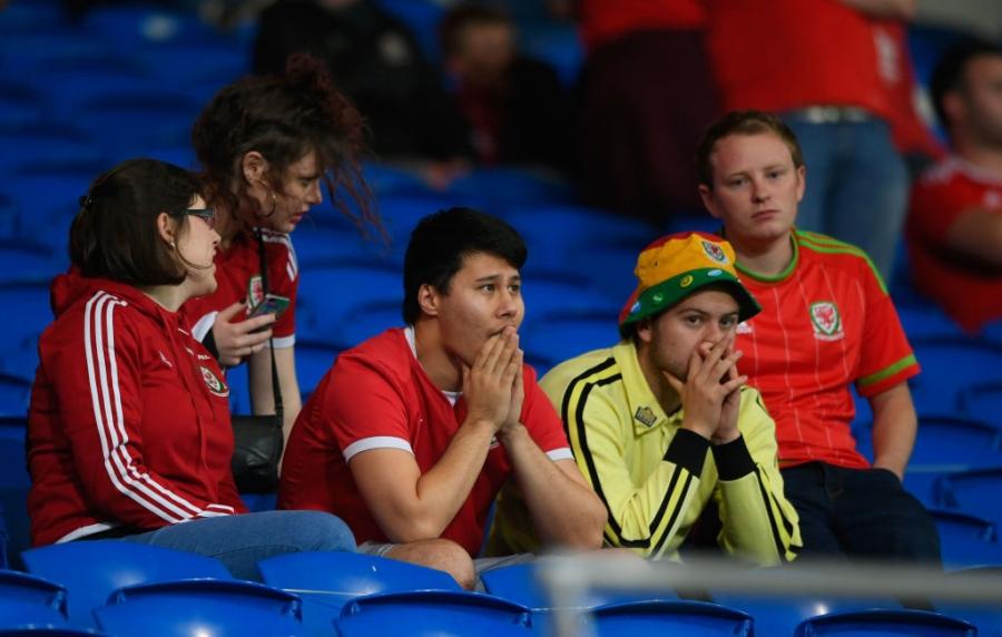 Gareth Bale va dong doi chinh thuc o nha xem World Cup hinh anh 17