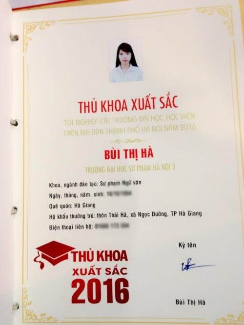 Hơn một năm trôi qua, Thủ khoa Bùi Thị Hà vẫn mong ngóng, chờ đợi cơ hội để hiện thực ước mơ thi vào biên chế giáo viên của tỉnh Hà Giang.