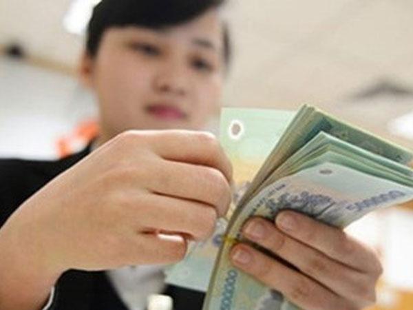 Sếp doanh nghiệp hàng tiêu dùng nhận lương 300 triệu đồng mỗi tháng