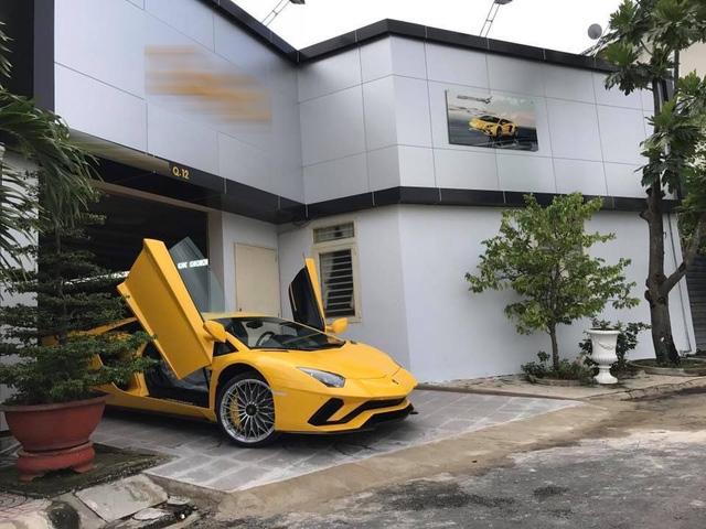 Đại gia Việt phải trả lệ phí trước bạ ít nhất 4 tỷ Đồng khi mua siêu xe Lamborghini Aventador S - Ảnh 3.