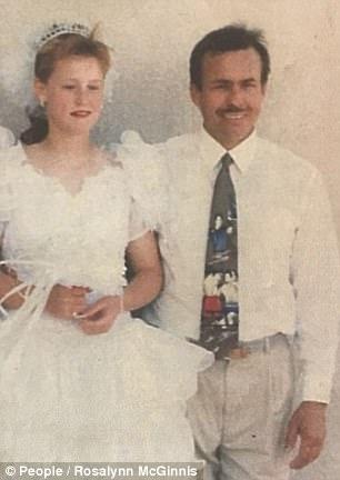 Ký ức kinh hoàng của cô gái bị cha dượng bắt cóc làm nô lệ tình dục suốt 19 năm ròng - Ảnh 1.