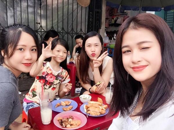 Man song ca 'Tuy am' hut dan mang cua Kieu Pham va em gai 10 tuoi hinh anh 2