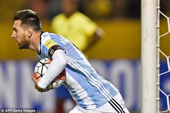 Messi gỡ hòa cho Argentina ở thời điểm quan trọng
