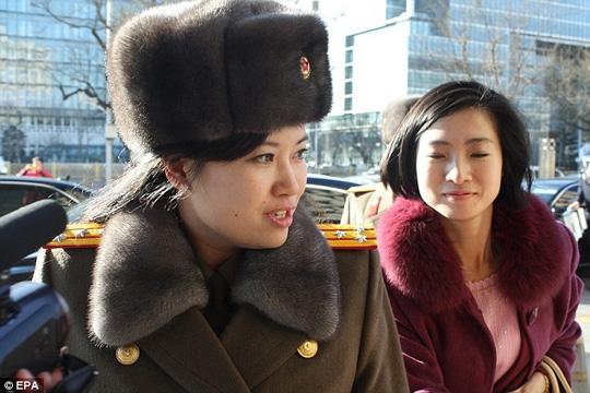 """Ông Kim Jong-un cất nhắc """"bạn gái cũ"""" - 1"""