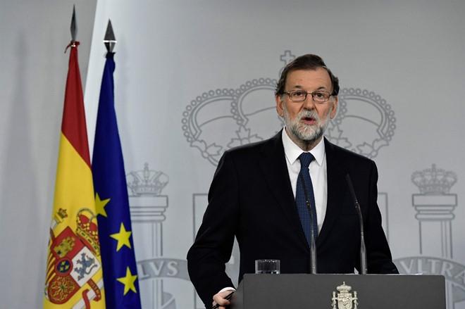 Tay Ban Nha yeu cau Catalonia xac nhan tinh trang tuyen bo doc lap hinh anh 1