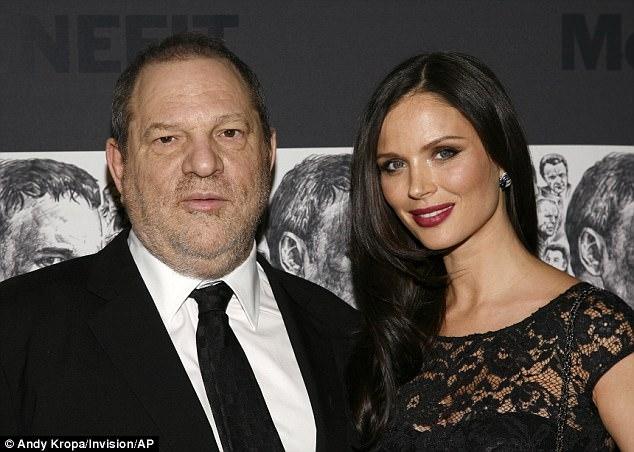 Yêu râu xanh Hollywood đi cai nghiện sex, bị vợ bỏ sau hàng loạt cáo buộc quấy rối tình dục - Ảnh 2.