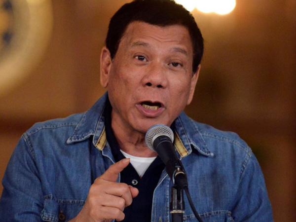 Tổng thống Philippines dọa trục xuất nhà ngoại giao EU trong 24 giờ