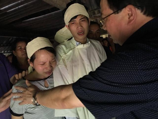 18 người bị vùi lấp trong mưa lũ tại Hòa Bình - Ảnh 7.