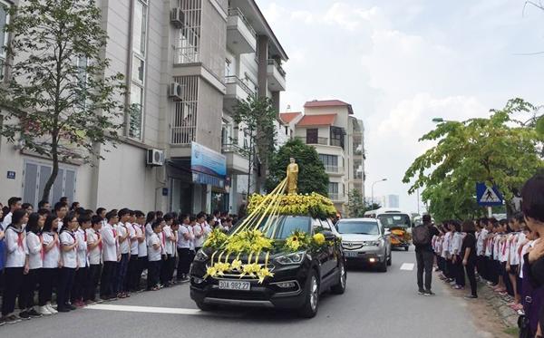 tieng trong truong hoa tieng khoc cua hoc sinh luong the vinh don linh cuu thay cuong - 1