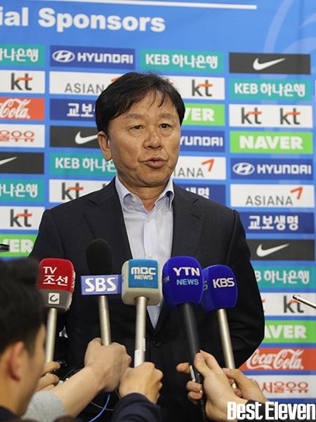 Thể thao - Lý lịch GĐKT người Hàn của HAGL