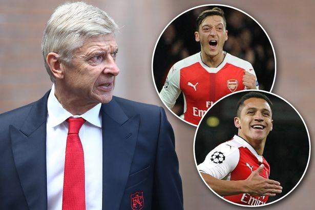 Arsenal tính bán cả Mesut Ozil và Alexis Sanchez