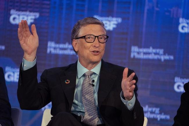 Bill Gates có thể mất ngôi giàu nhất thế giới vì... đi làm từ thiện