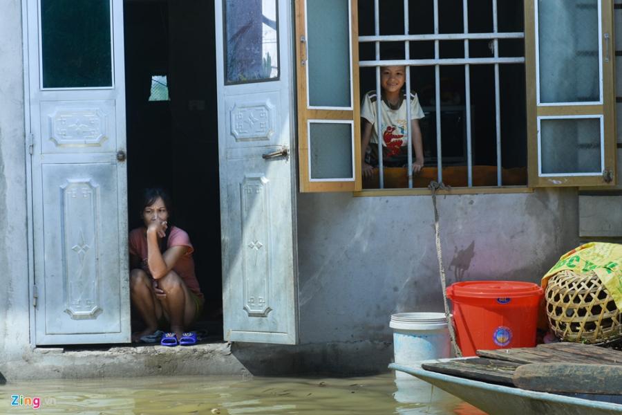 Canh nuoc ngap tan noc nha o Ninh Binh hinh anh 10