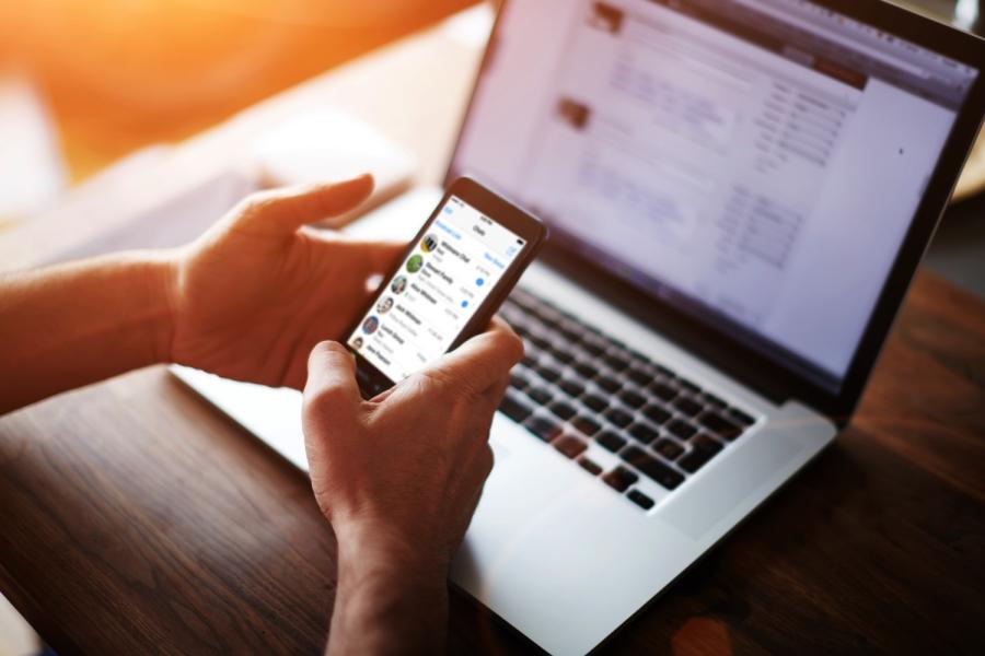 Chuyên gia báo động về tình trạng bị tâm thần do nghiện mạng xã hội của giới trẻ hiện nay - Ảnh 3.