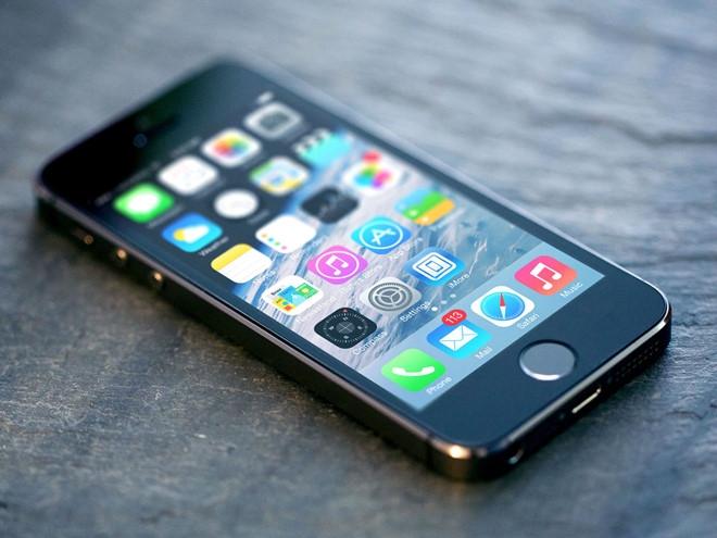 iPhone 5S gia 3 trieu o at tro lai thi truong Viet Nam hinh anh 1