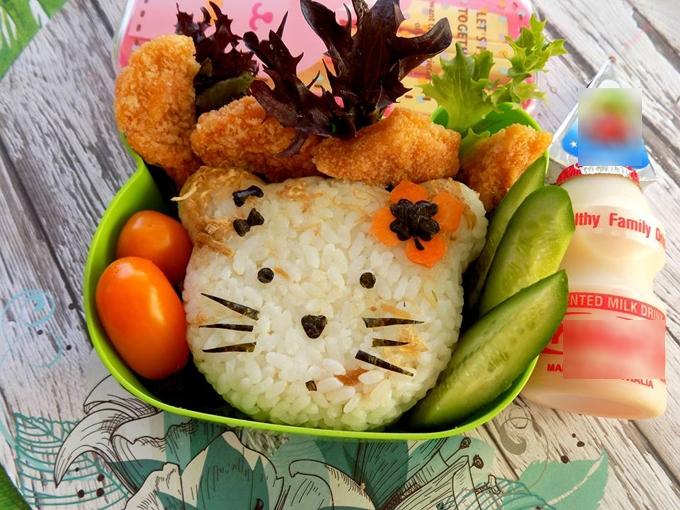 me-viet-tao-niem-vui-den-truong-cho-con-bang-hop-com-trua-ngo-nghinh-8