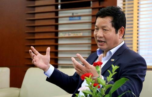 ong-truong-gia-binh-doanh-nhan-40-cang-phai-dan-than-doi-moi-1