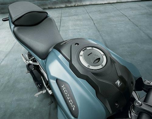 Rộ tin Honda CB150R ExMotion giá 68 triệu đồng đã về Việt Nam - 5