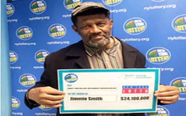Ông Smith nhận giải độc đắc hơn 24 triệu USD. (Ảnh: Telegraph)