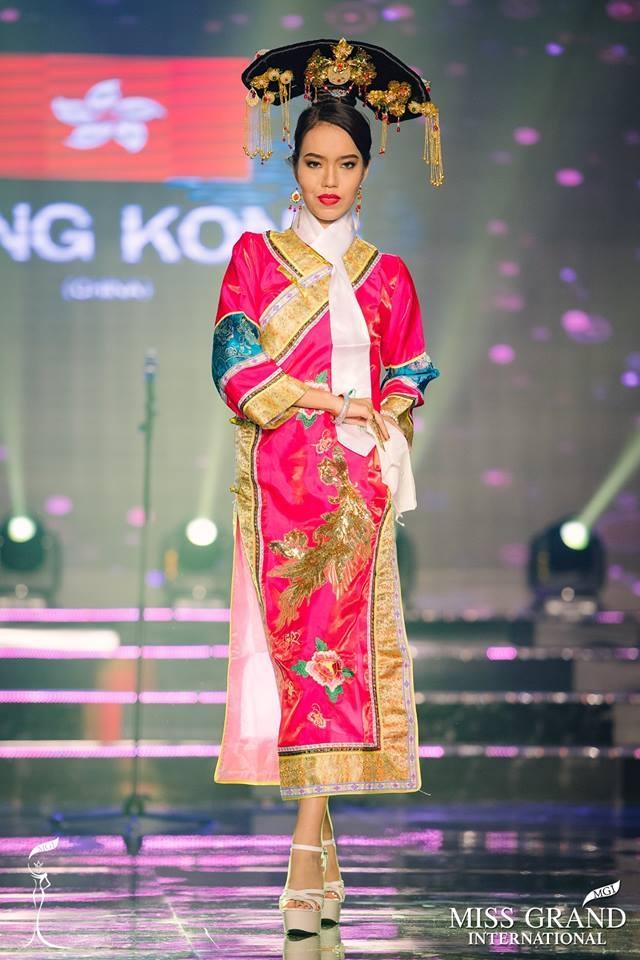 """Thí sinh Hong Kong bị cho là """"phiên bản lỗi"""" của Lan Khuê tại Miss Grand International 2017 - Ảnh 1."""