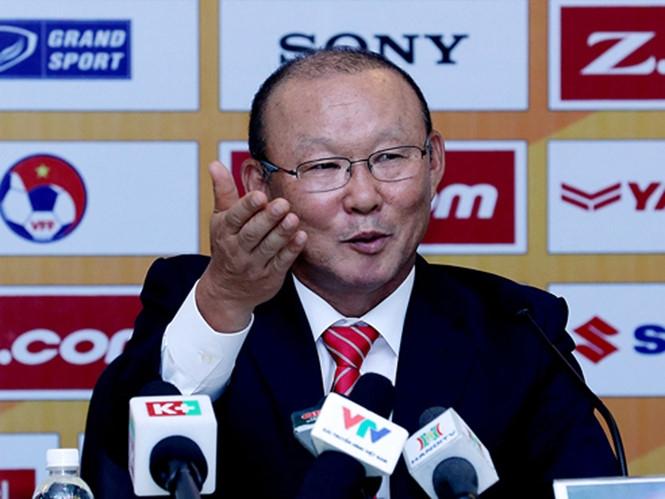 HLV Park Hang-seo cần phải đưa tuyển VN vào chung kết AFF Cup  /// Ngô Nguyễn