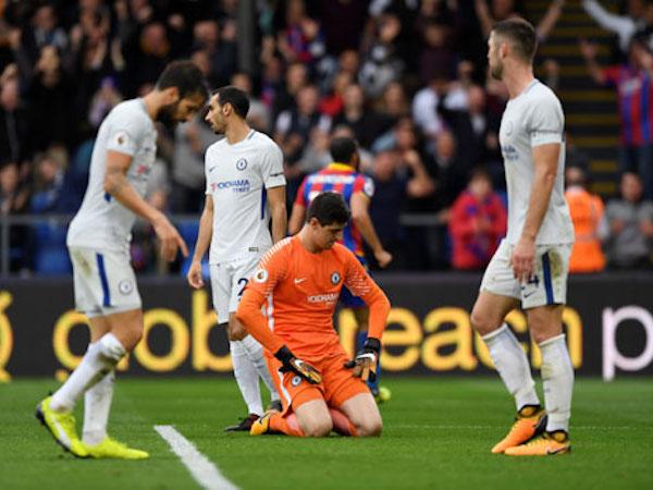 Chelsea thua đội bét bảng khi vắng Morata