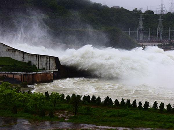 Hồ Hoà Bình không an toàn sẽ là