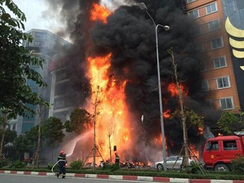 Pháp luật - Đề nghị truy tố chủ quán vụ cháy quán karaoke khiến 13 người chết