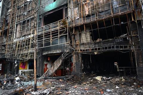 Pháp luật - Đề nghị truy tố chủ quán vụ cháy quán karaoke khiến 13 người chết (Hình 2).